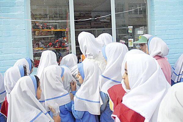 فروش کیک در بوفه های مدارس خوزستان ممنوع نیست
