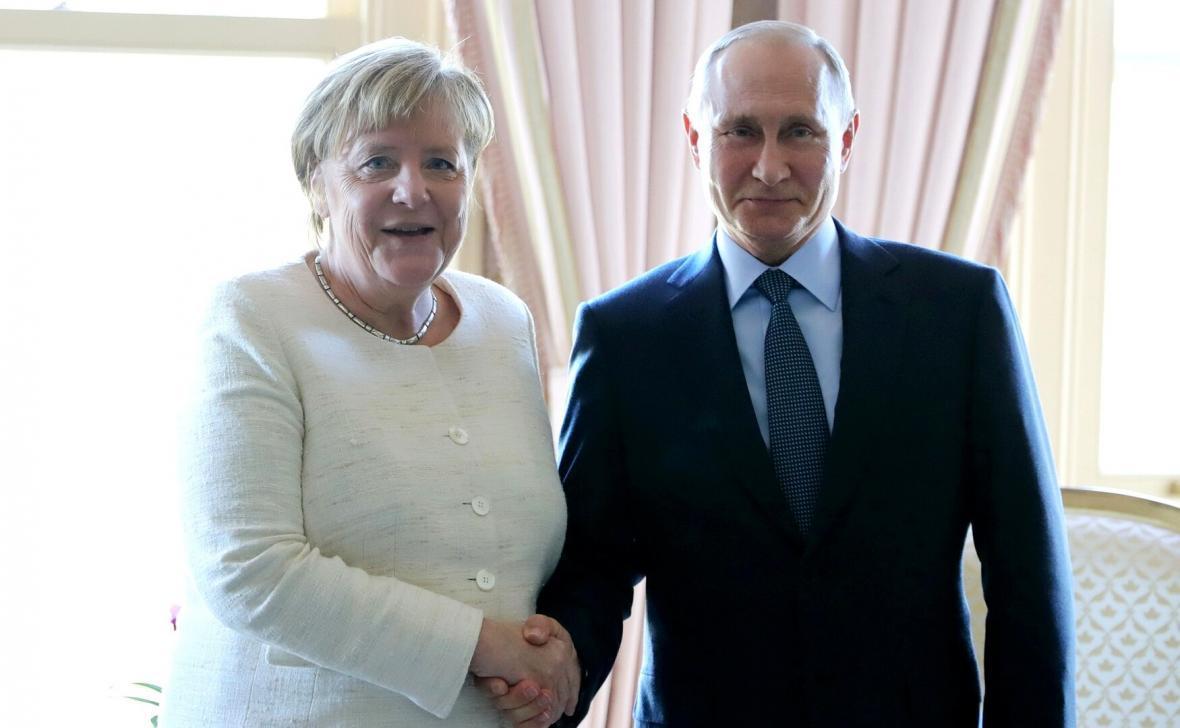 گفت وگوی تلفنی پوتین و مرکل در مورد سوریه