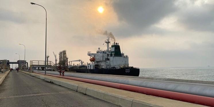 پنحمین و آخرین نفتکش ایرانی وارد بندر ونزوئلا شد