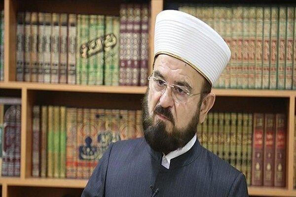 ماکرون از پیامبر اسلام و مسلمانان عذرخواهی کند