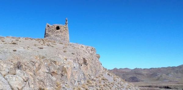 برج تاریخی گورچوپان رفسنجان بازسازی می گردد