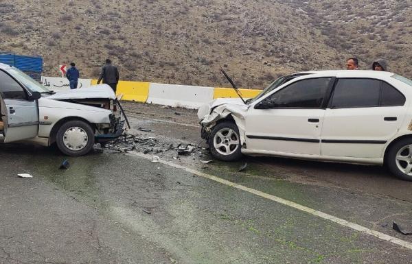 خبرنگاران حادثه رانندگی در لرستان یک کشته و پنج مجروح برجا گذاشت