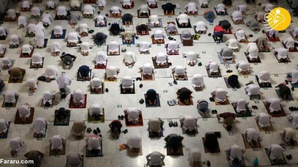 (تصاویر) نماز در خانه خدا در اولین روز ماه رمضان