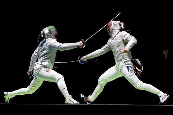 خبرنگاران مسابقات جایزه عظیم شمشیربازی در اردبیل برگزار می گردد