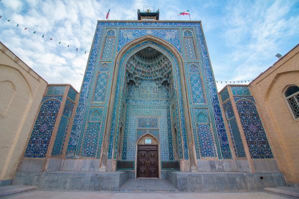 بازسازی کاشی کاری ضلع شمالی و شرقی مسجد ملک کرمان شروع شد