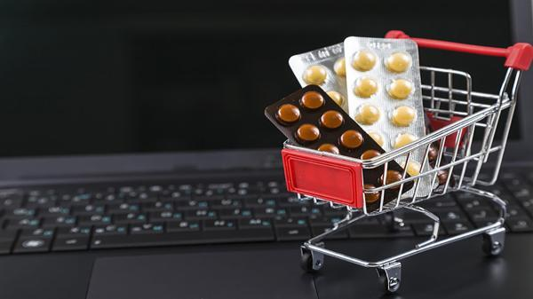 فروش آنلاین دارو تهدید است یا فرصت؟